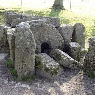A la découverte des Dolmens et Menhirs